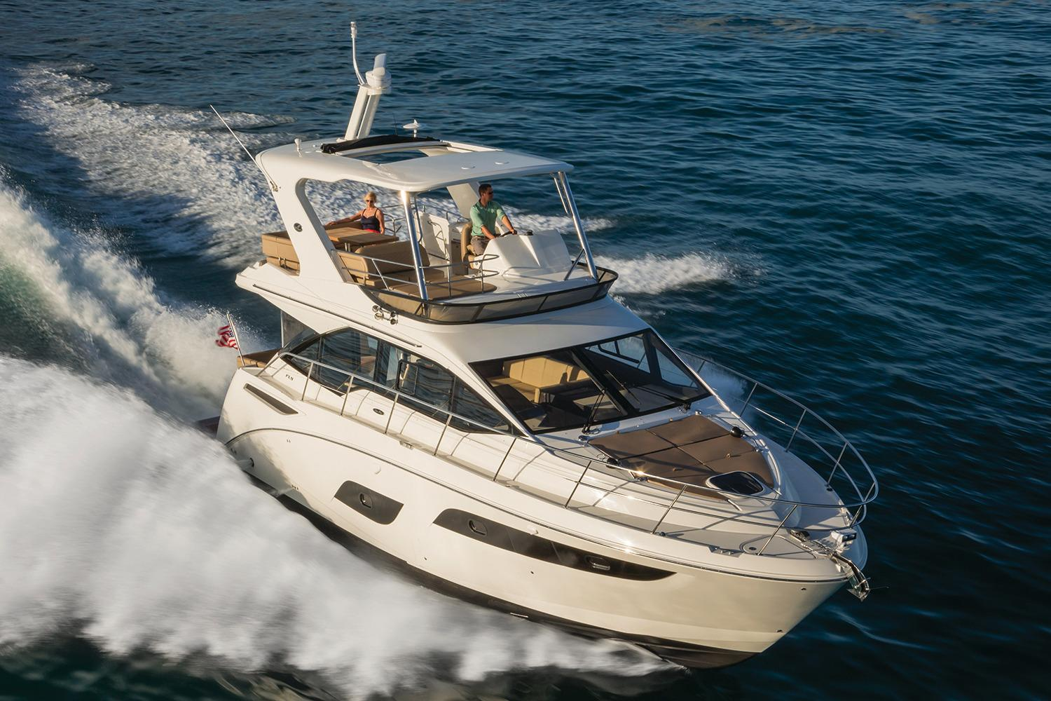 2017 Sea Ray Fly 460 in Holiday, Florida