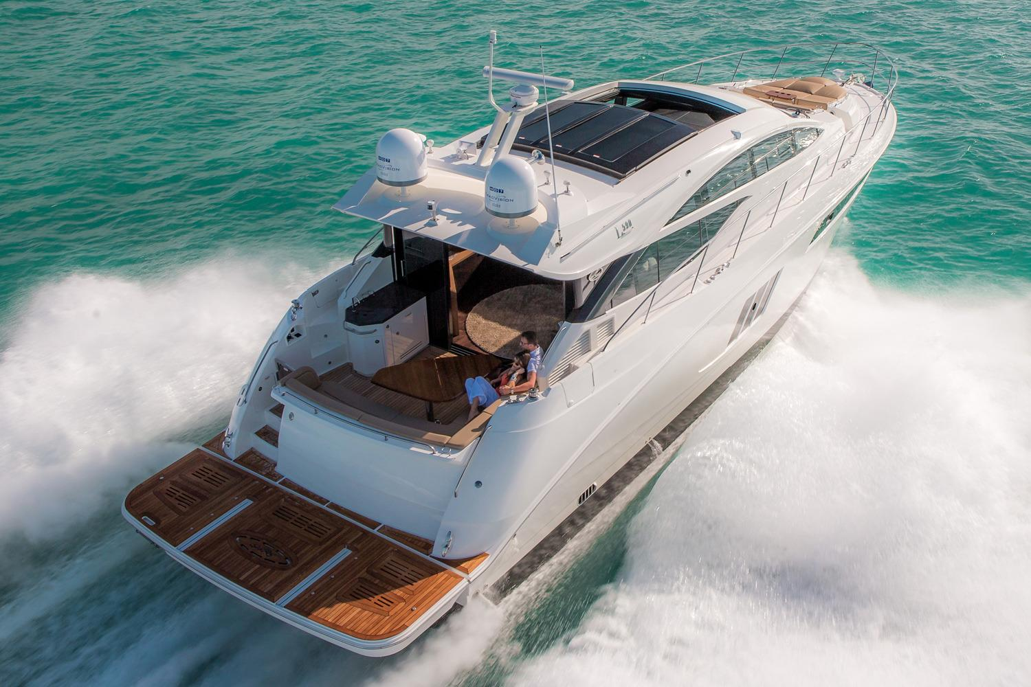 2018 Sea Ray L590 in Holiday, Florida