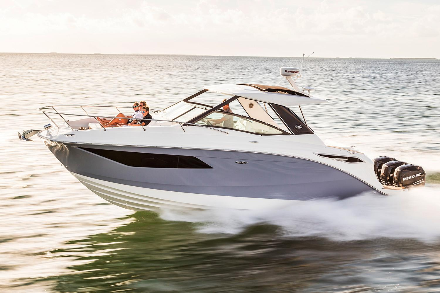 New 2018 Sea Ray Sundancer 320 Ob Power Boats Outboard In Holiday Fl