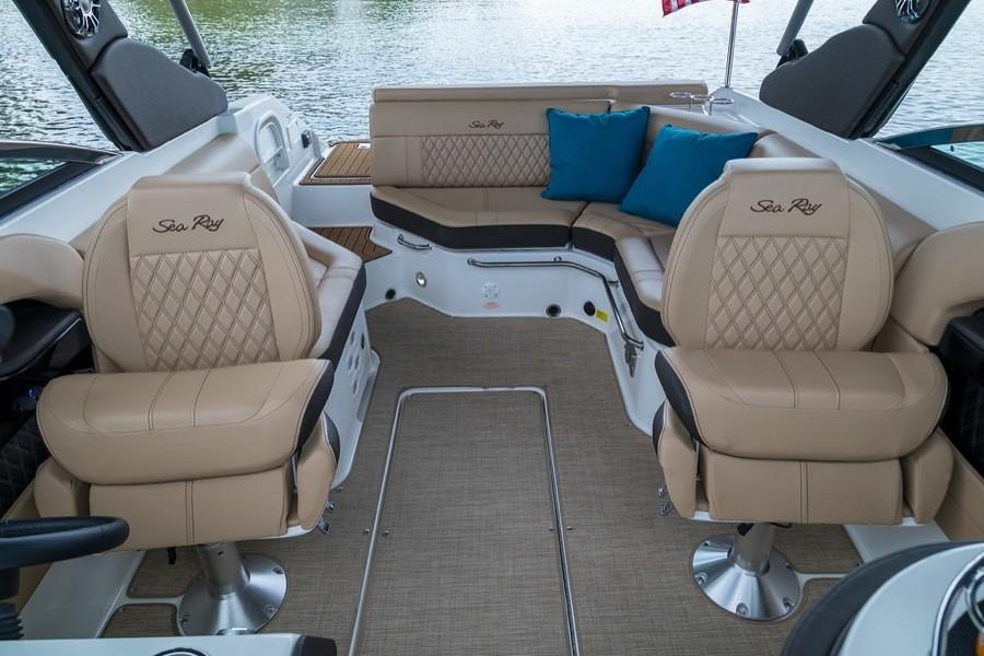 2019 Sea Ray SLX 250 in Holiday, Florida - Photo 10