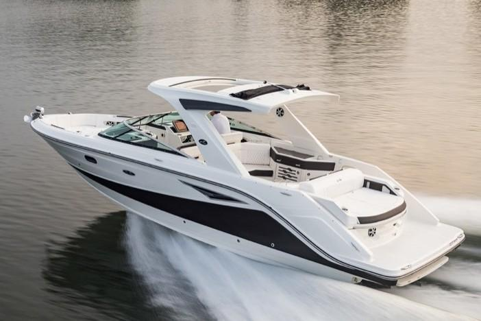 2019 Sea Ray SLX 310 in Holiday, Florida - Photo 3