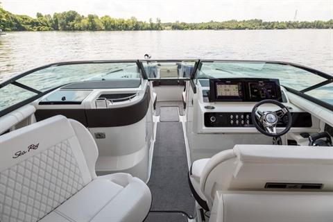 2019 Sea Ray SLX 310 in Holiday, Florida - Photo 5