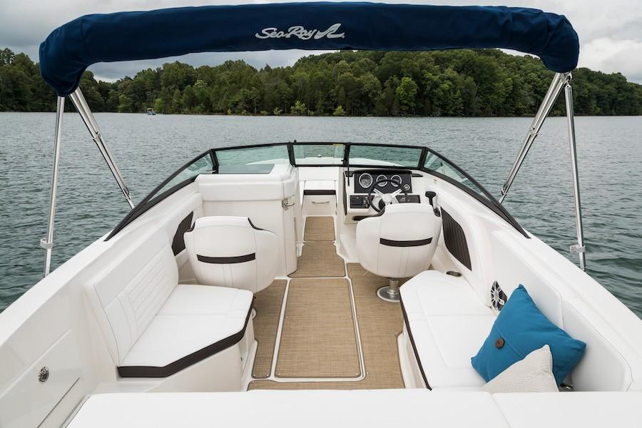 2019 Sea Ray SPX 230 in Holiday, Florida - Photo 8