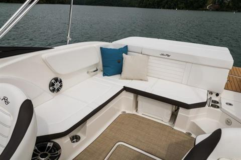 2019 Sea Ray SPX 230 in Holiday, Florida - Photo 10