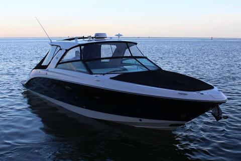 2019 Sea Ray SLX 400 in Holiday, Florida - Photo 2