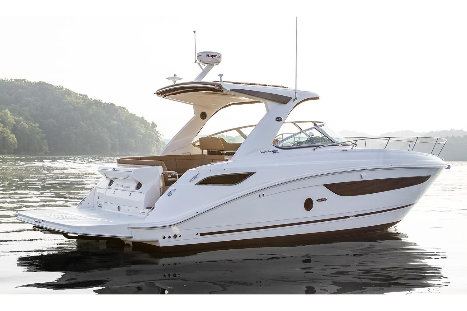 2019 Sea Ray Sundancer 350 in Holiday, Florida - Photo 3