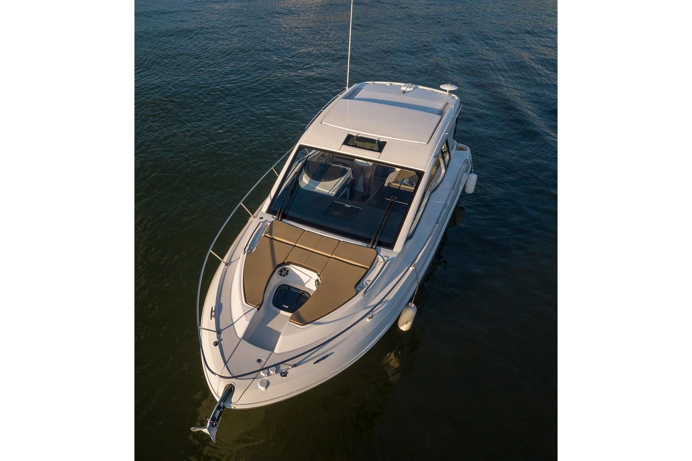 New 2019 Sea Ray Sundancer 350 Coupe Power Boats Inboard In Holiday Fl