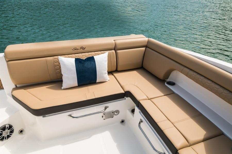2019 Sea Ray SDX 290 in Holiday, Florida - Photo 8
