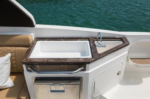 2019 Sea Ray SDX 290 in Holiday, Florida - Photo 9