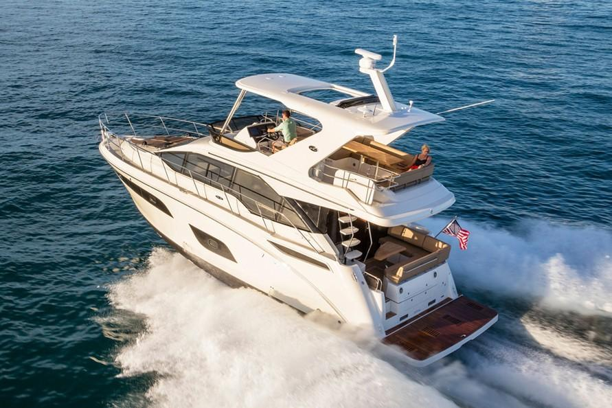 2019 Sea Ray Fly 460 in Holiday, Florida