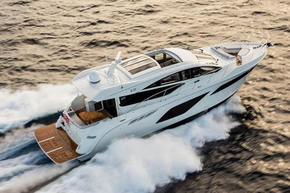2019 Sea Ray L550 in Holiday, Florida