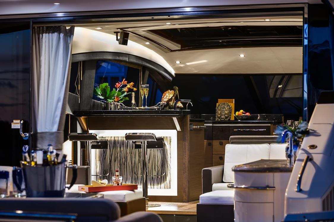 2019 Sea Ray L650 in Holiday, Florida - Photo 9