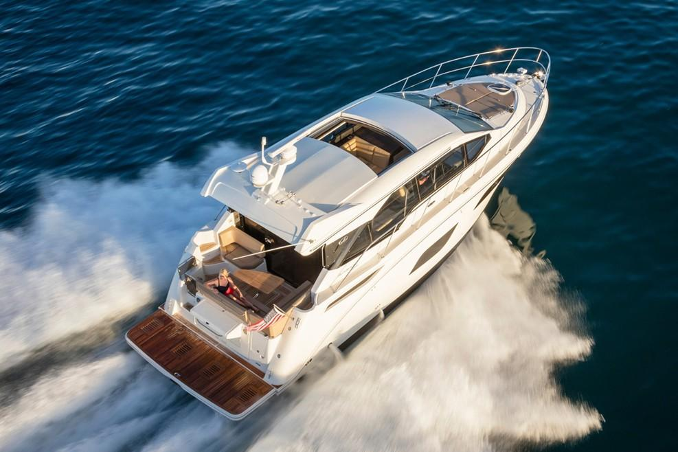 2019 Sea Ray Sundancer 460 in Holiday, Florida - Photo 4