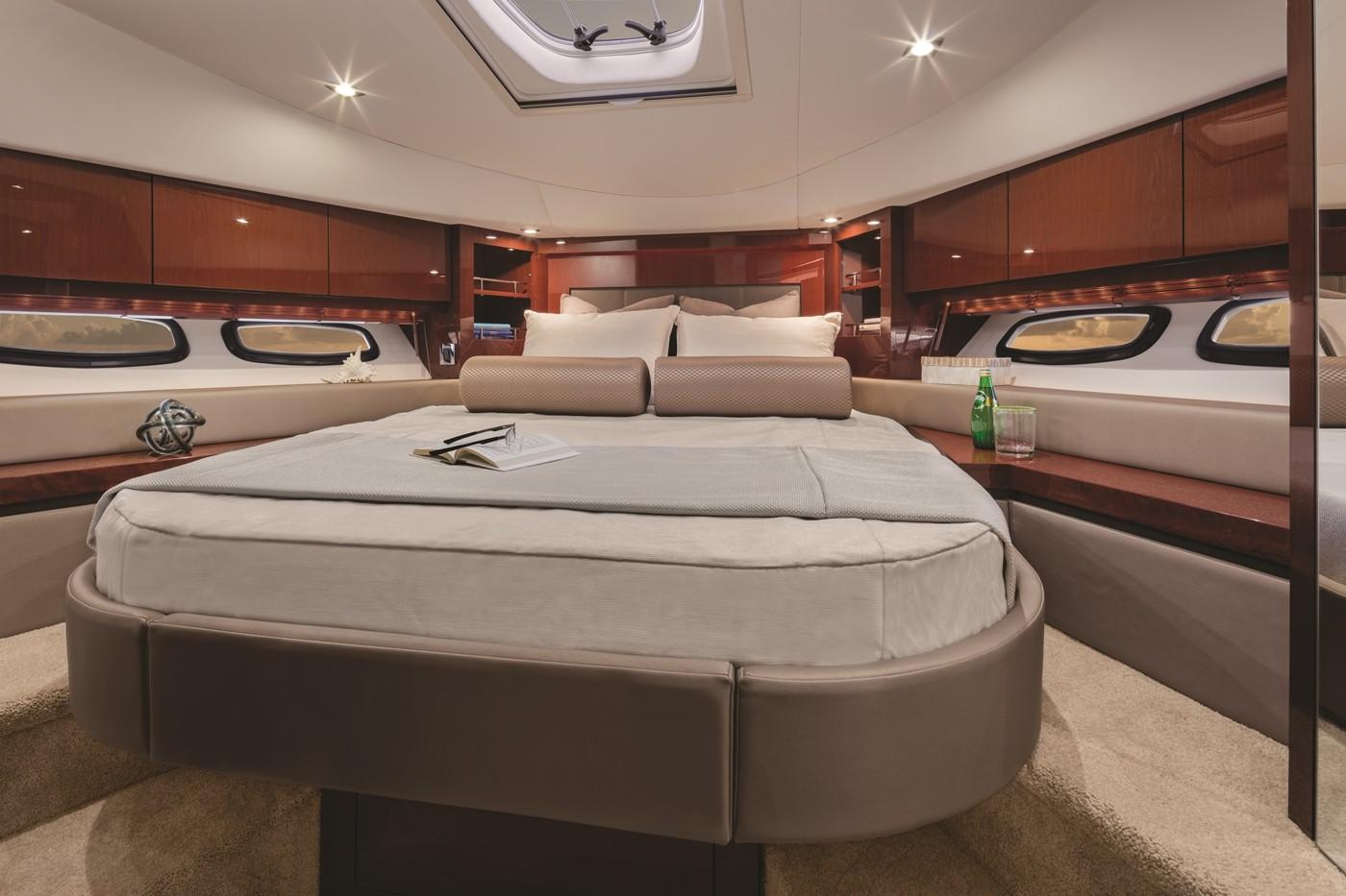 2019 Sea Ray Sundancer 510 in Holiday, Florida - Photo 10