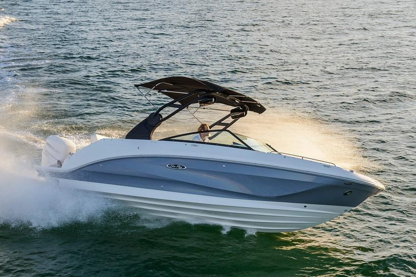 2019 Sea Ray SDX 250 Outboard in Holiday, Florida - Photo 2