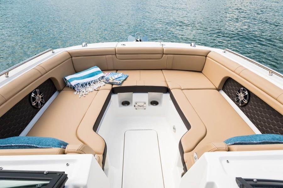 2019 Sea Ray SDX 290 Outboard in Holiday, Florida - Photo 5