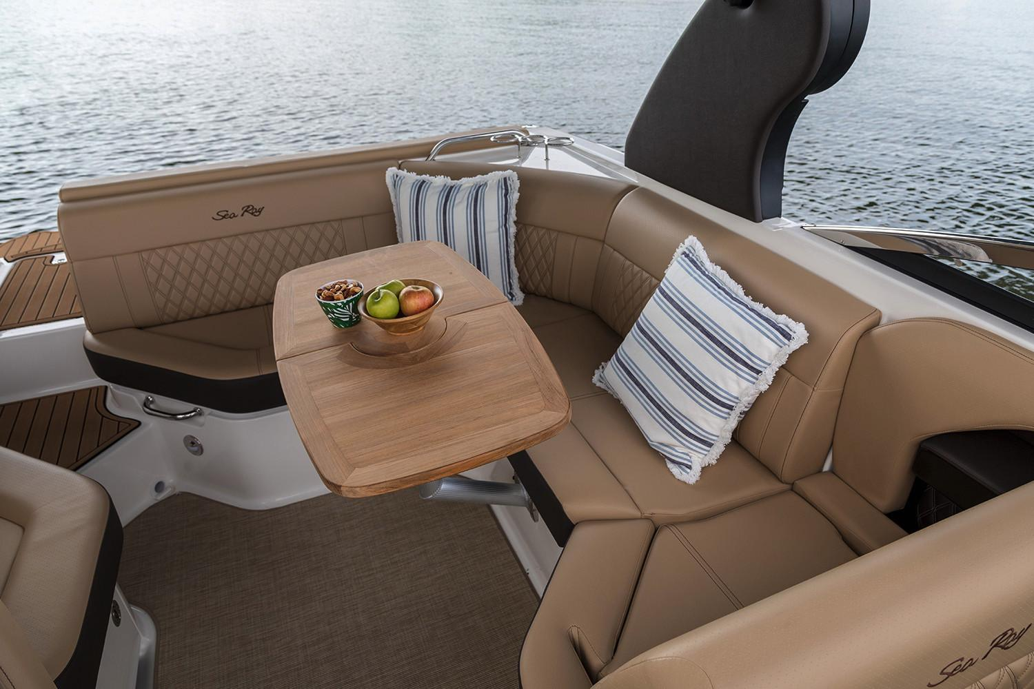 2020 Sea Ray SLX 230 in Holiday, Florida - Photo 10