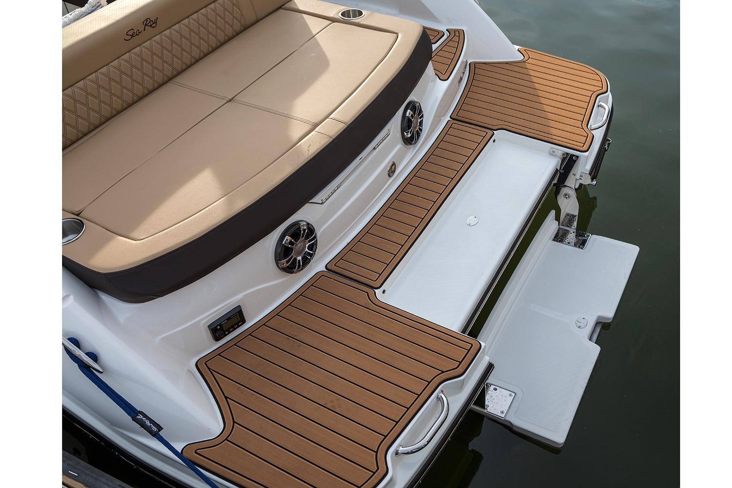2020 Sea Ray SLX 230 in Holiday, Florida - Photo 12