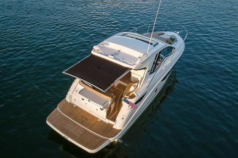 2020 Sea Ray Sundancer 350 Coupe in Holiday, Florida - Photo 5