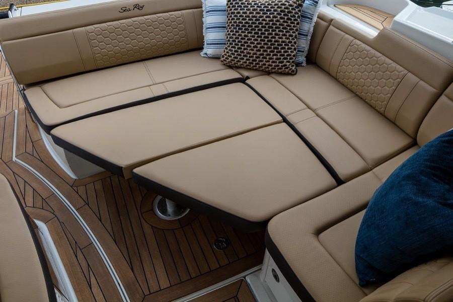 2020 Sea Ray Sundancer 350 Coupe in Holiday, Florida - Photo 11