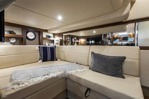 2020 Sea Ray Sundancer 350 Coupe in Holiday, Florida - Photo 18