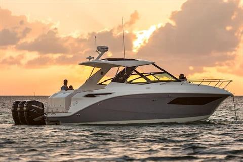2020 Sea Ray Sundancer 320 OB in Holiday, Florida - Photo 5