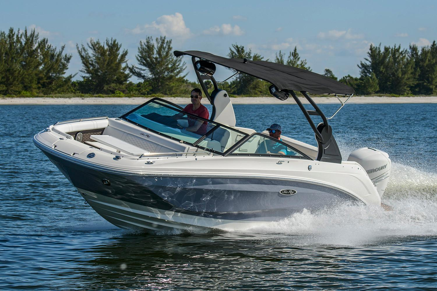 2020 Sea Ray SDX 250 Outboard in Holiday, Florida - Photo 1