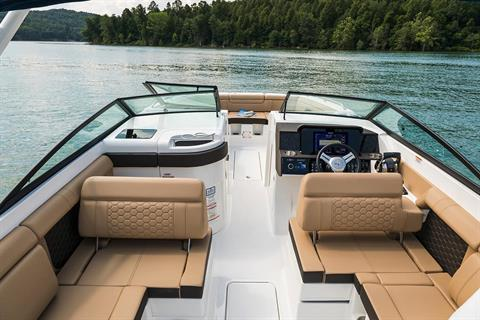 2020 Sea Ray SDX 290 Outboard in Holiday, Florida - Photo 9