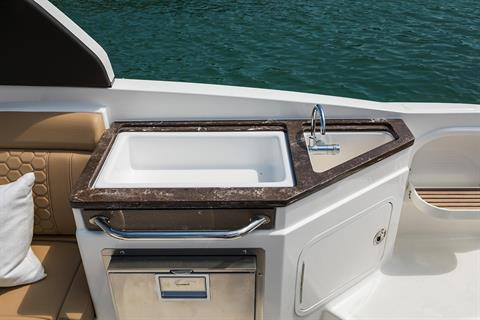 2020 Sea Ray SDX 290 Outboard in Holiday, Florida - Photo 18