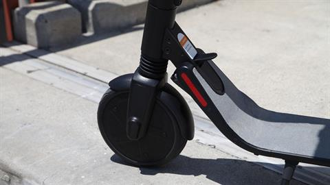 2019 Segway Ninebot Kickscooter ES4 in Queens Village, New York - Photo 3