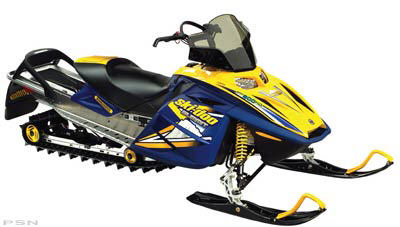 2005 Ski-Doo Summit Adrenaline 600  in Island Park, Idaho