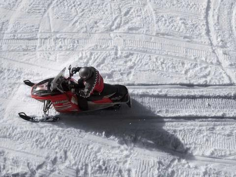 2006 Ski-Doo GSX Fan 380 in Unity, Maine - Photo 3