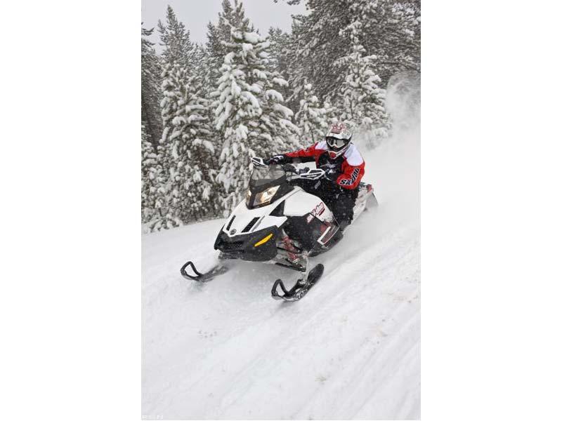 2010 Ski-Doo MX Z TNT 1200 4