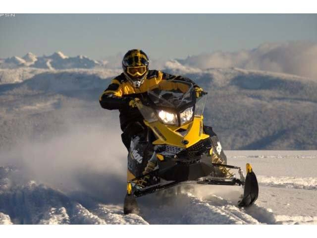 2012 Ski-Doo MX Z® TNT™ E-TEC® 800R ES in Presque Isle, Maine - Photo 8