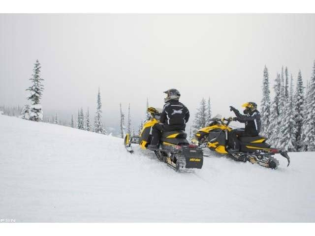 2013 Ski-Doo MX Z® X® E-TEC® 800R in Oak Creek, Wisconsin