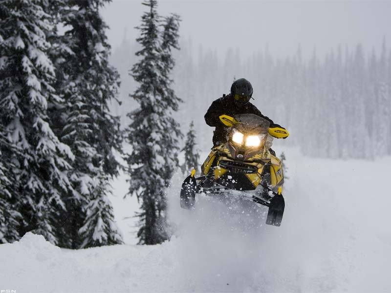 2013 Ski-Doo Renegade® Backcountry™ X® E-TEC 800R in Park Rapids, Minnesota - Photo 5