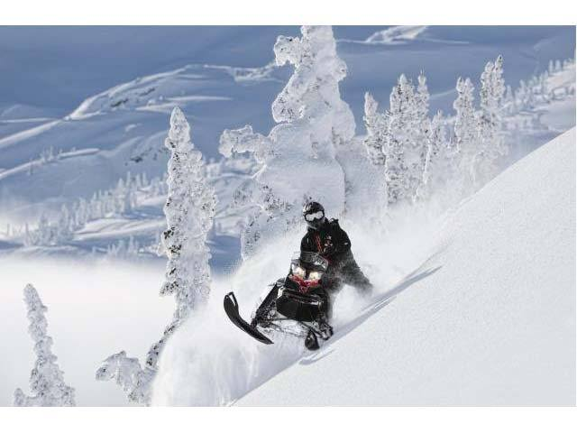 2014 Ski-Doo Summit® X® E-TEC® 800R 154 in Rapid City, South Dakota