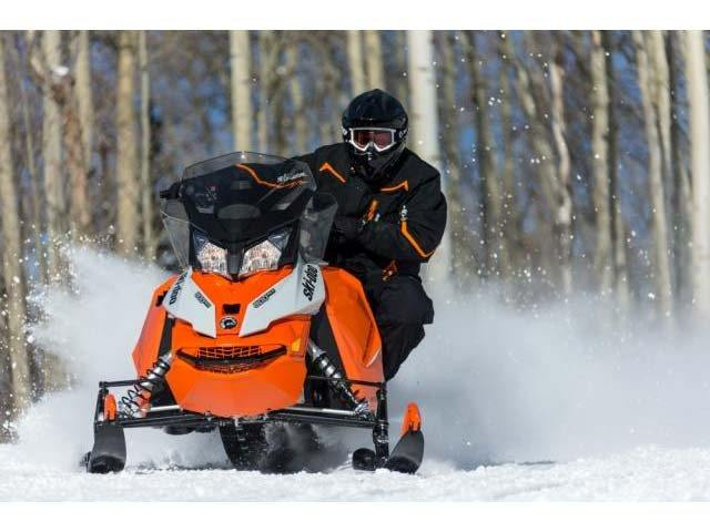 2015 Ski-Doo Renegade® Adrenaline™ E-TEC® 600 H.O. in Fond Du Lac, Wisconsin - Photo 6