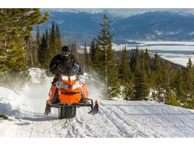 2015 Ski-Doo Renegade® Adrenaline™ E-TEC® 600 H.O. in Fond Du Lac, Wisconsin - Photo 10