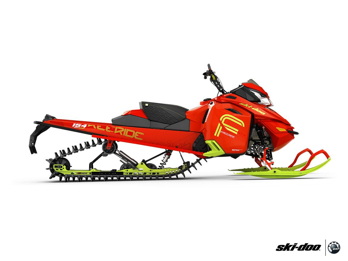 "2016 Ski-Doo Freeride 154 800R E-TEC, PowderMax 2.5"" in Shawano"