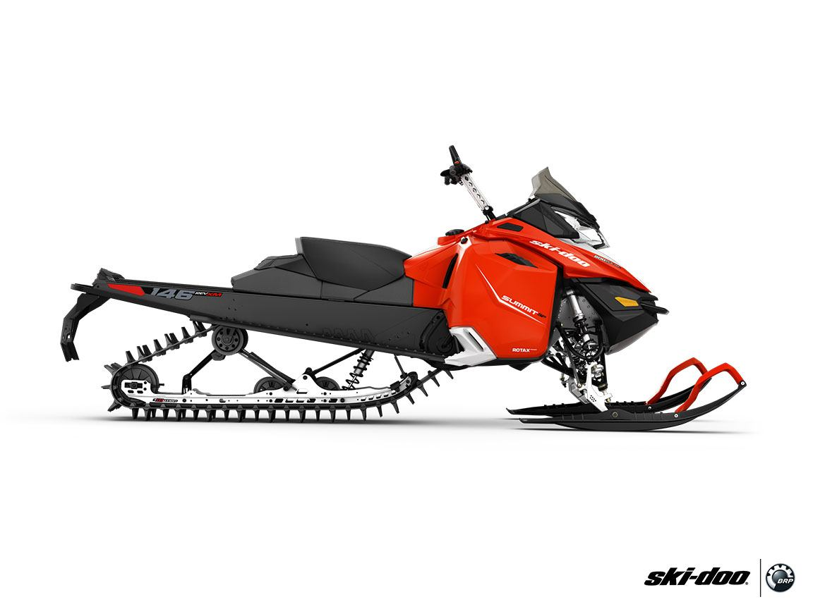 "2016 Ski-Doo Summit SP T3 174 800R E-TEC E.S., PowderMax 3.0"" in Dickinson, North Dakota"