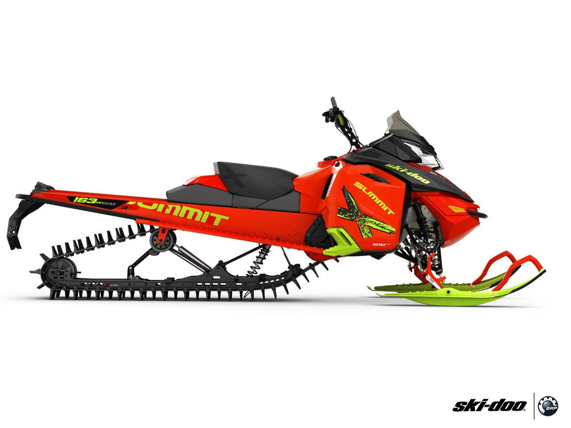 2016 Ski-Doo Summit X T3 163 800R E-TEC, PowderMax 3.0""