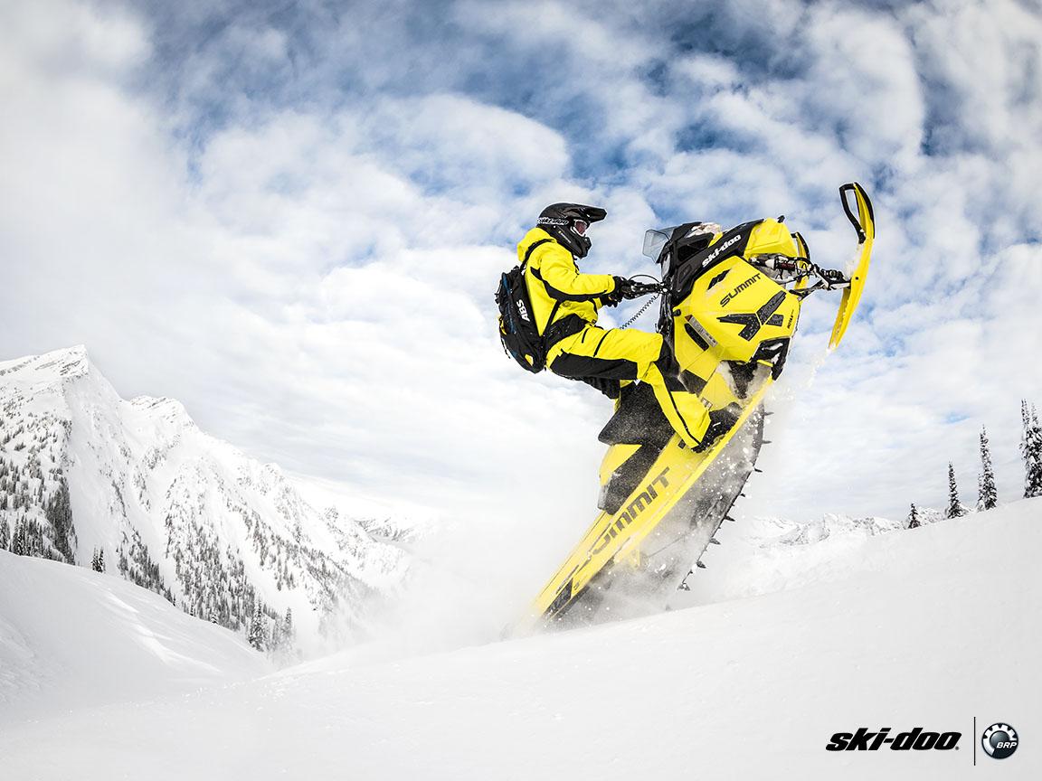 2016 Ski Doo Summit X T3 163 800r E Tec Powdermax 3 0