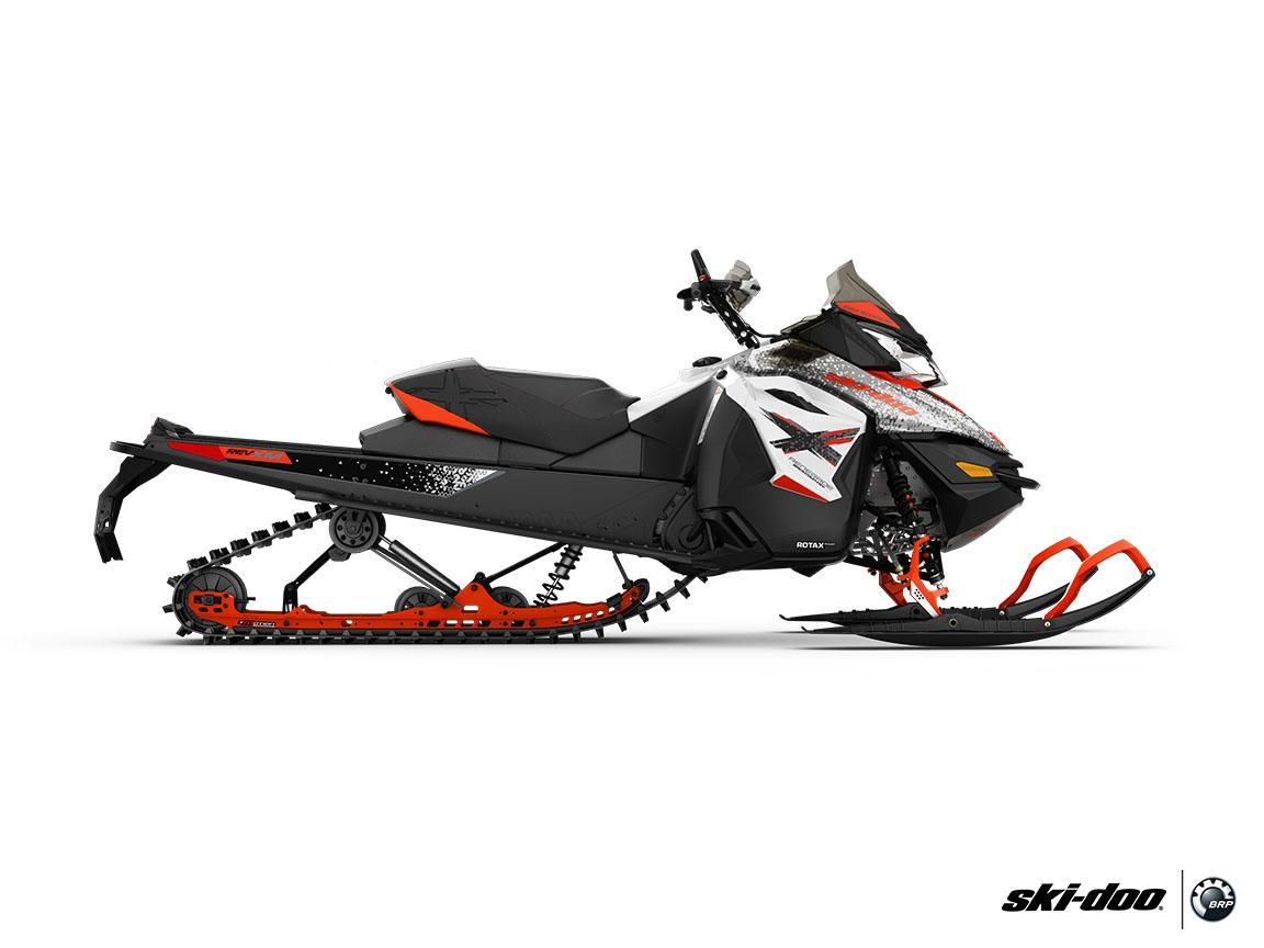 "2016 Ski-Doo Renegade Backcountry X 800R E-TEC Powdermax 2.0"" in Springville, Utah"