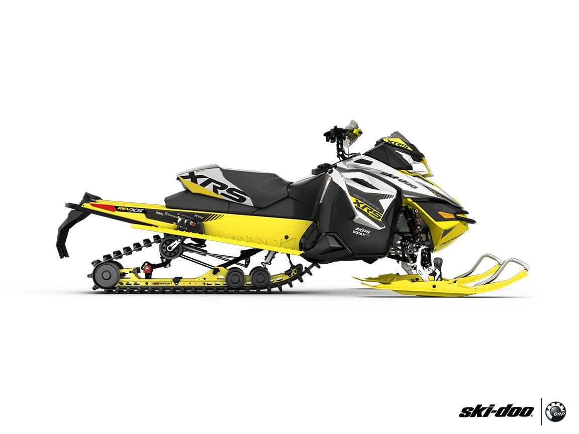 "2016 Ski-Doo Renegade X-RS 800R E-TEC ES w/ Adj. pkg, Ripsaw 1.5"" in Osseo, Minnesota - Photo 11"