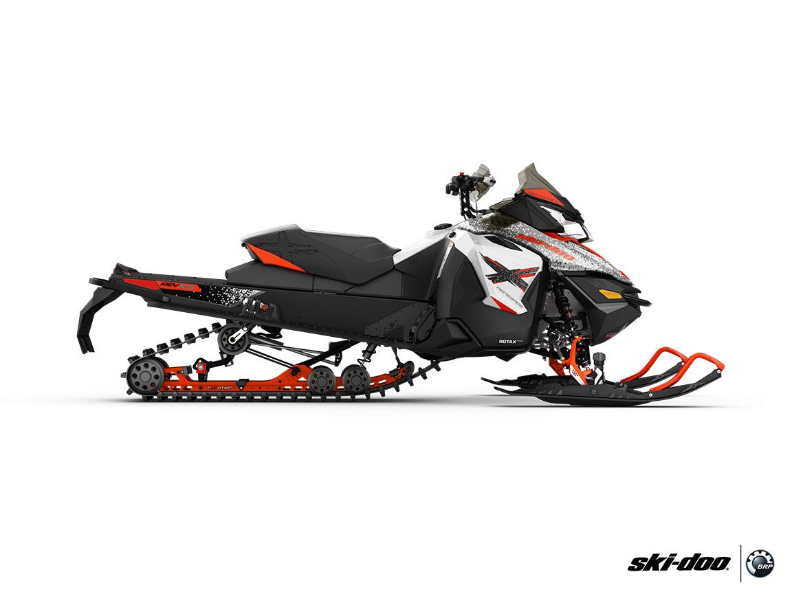 2016 ski doo renegade x 600 h o e tec es ripsaw snowmobiles roscoe illinois uage. Black Bedroom Furniture Sets. Home Design Ideas