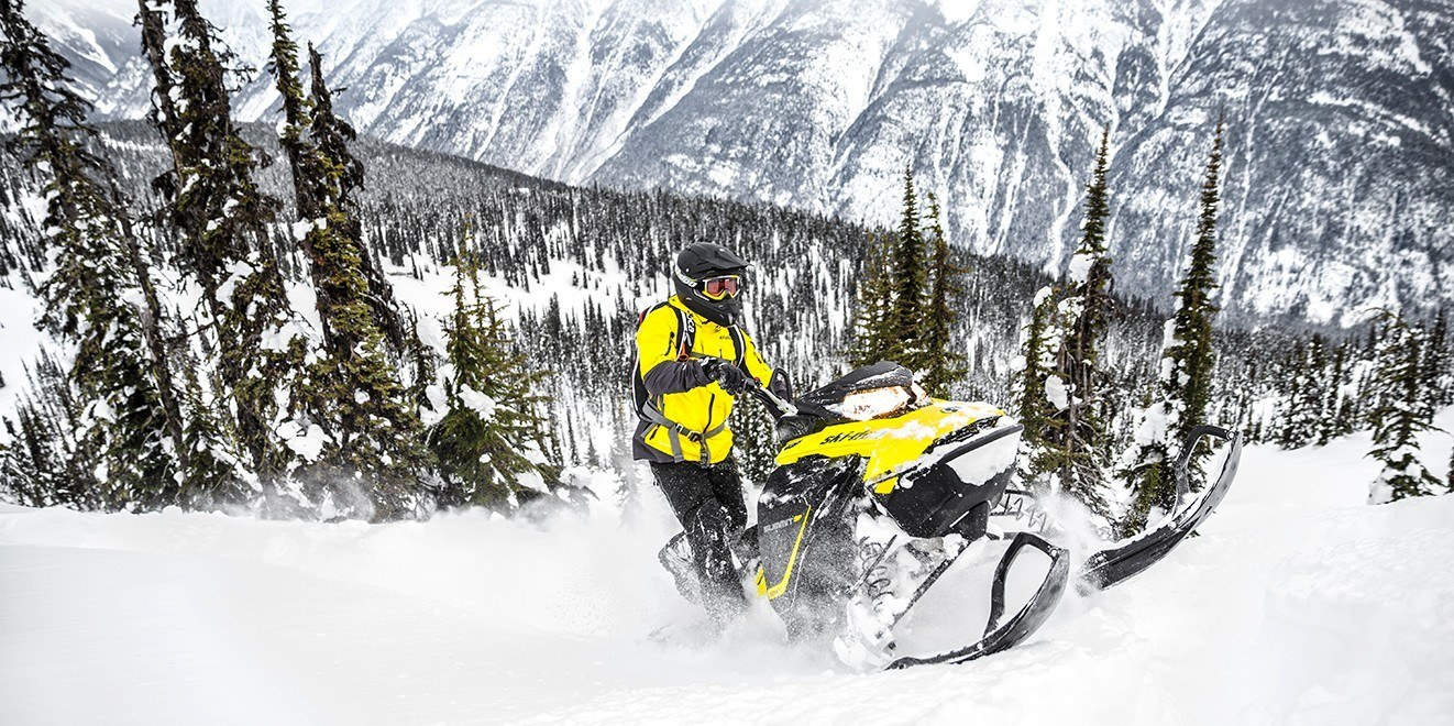 2017 Ski-Doo Summit SP 165 850 E-TEC E.S., PowderMax 3.0 in. in Omaha, Nebraska