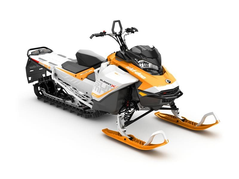 "2017 Ski-Doo Summit X 154 850 E-TEC E.S., PowderMax 2.5"" LAC in Clarence, New York"