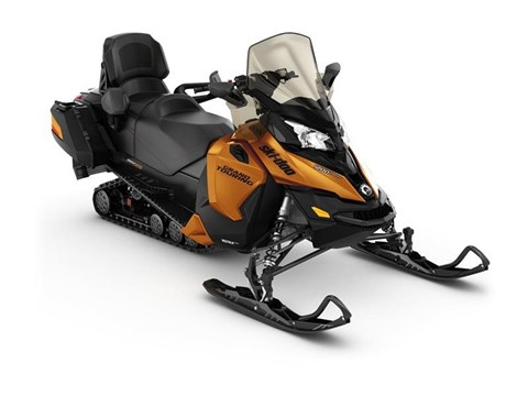2017 Ski-Doo Grand Touring SE 1200 4-TEC in Escanaba, Michigan