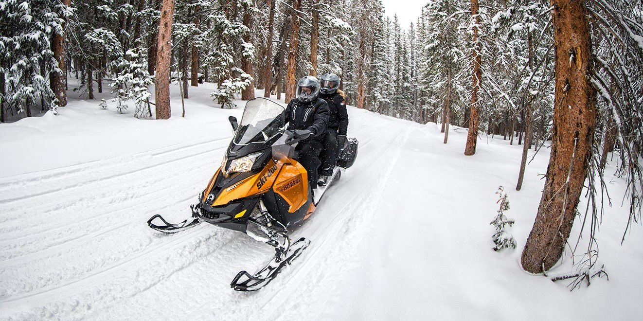 2017 Ski-Doo Grand Touring SE 1200 4-TEC in Augusta, Maine